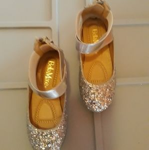 Other - New girl silver shoes size 9